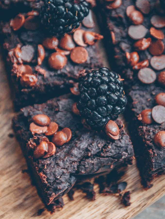Chocolatey bean brownies with coconut