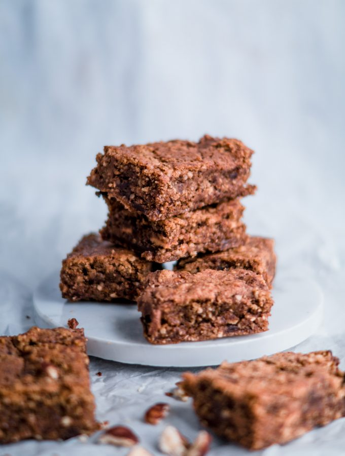 Stuffed Nut brownies with Cashewbutter