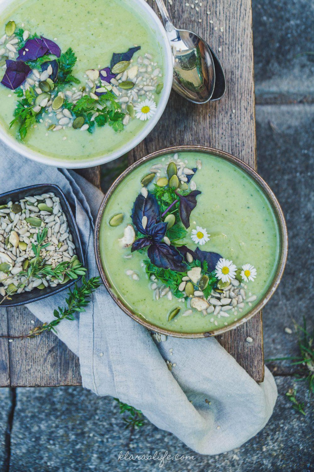 Broccoli & green pea soup