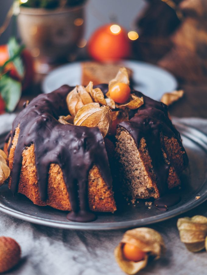 Espresso Bundt Cake with gingerbread spice