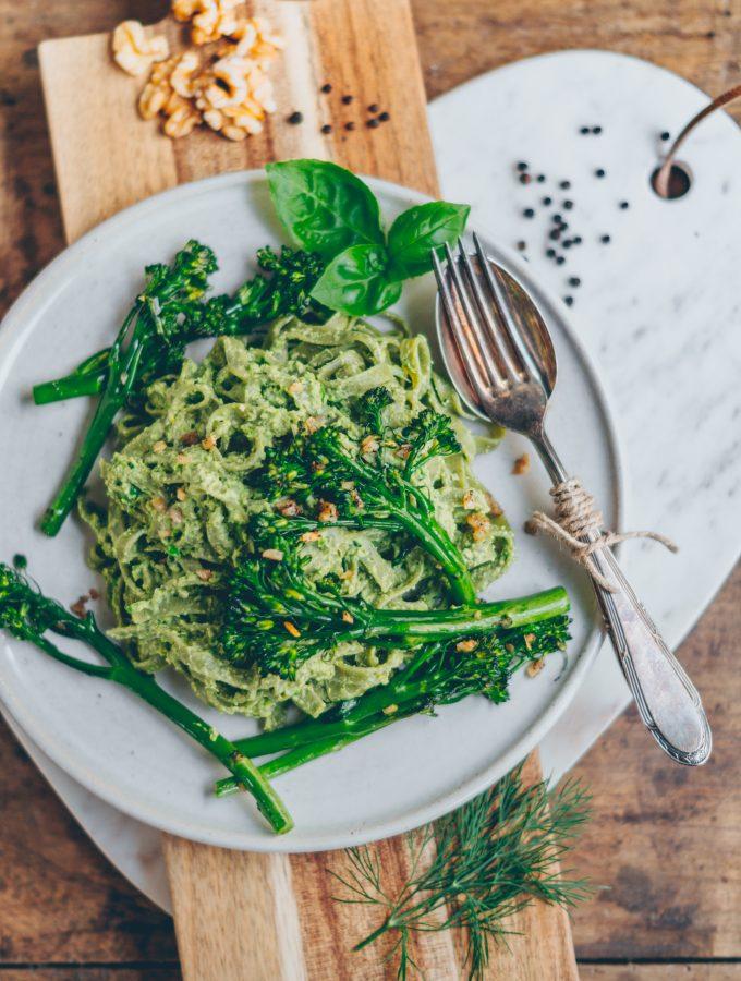 Gesundes & schnelles Brokkolipesto! (vegan)
