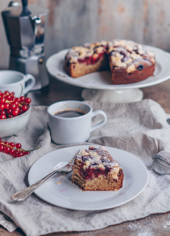 raspberry ginger crumb cake