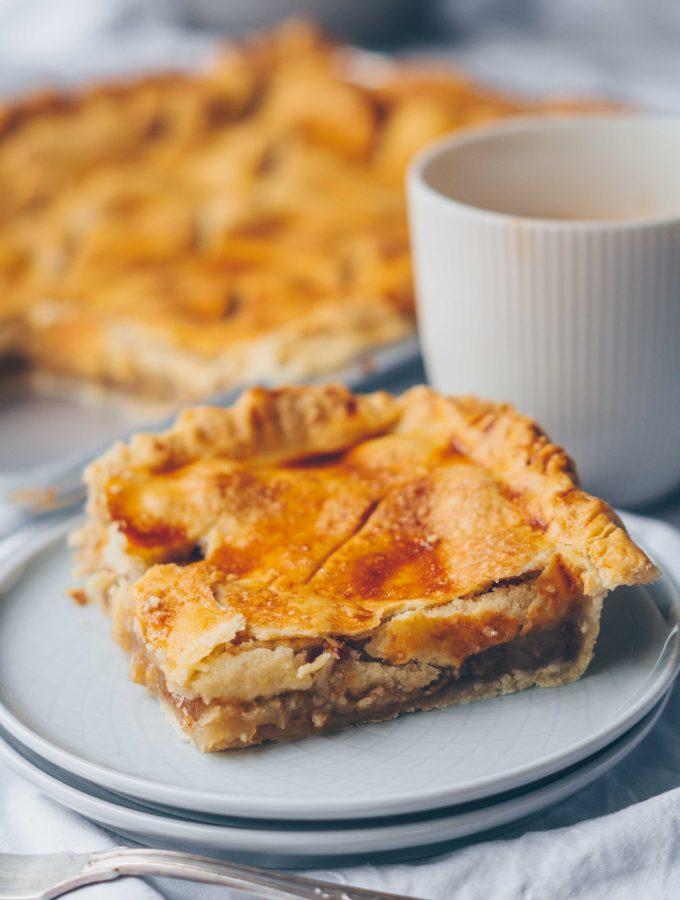 Apfelkuchen vom Blech mit Lebkuchengewürz