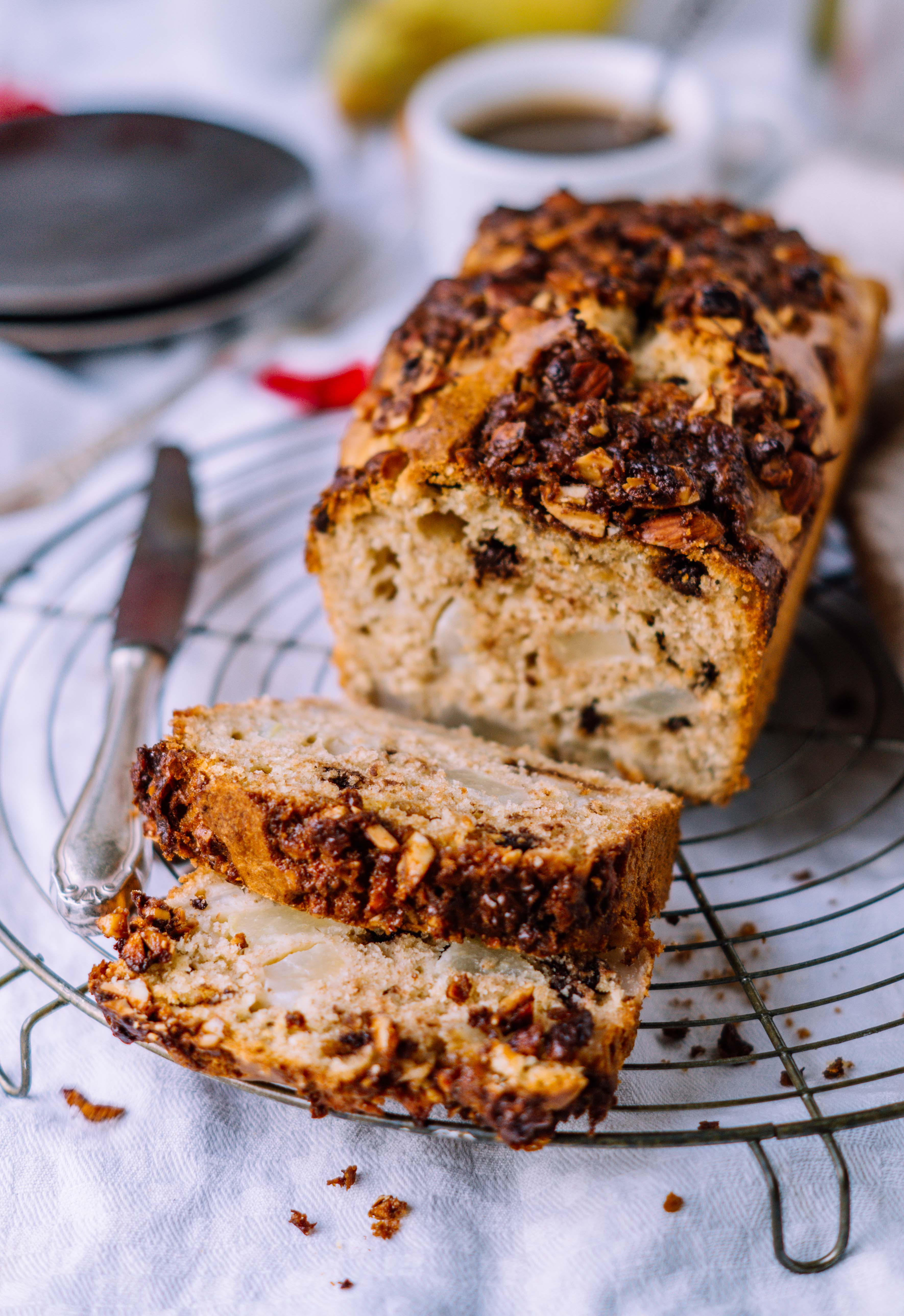 Spiced Pear Bread with Nut Topping - Klara`s Life
