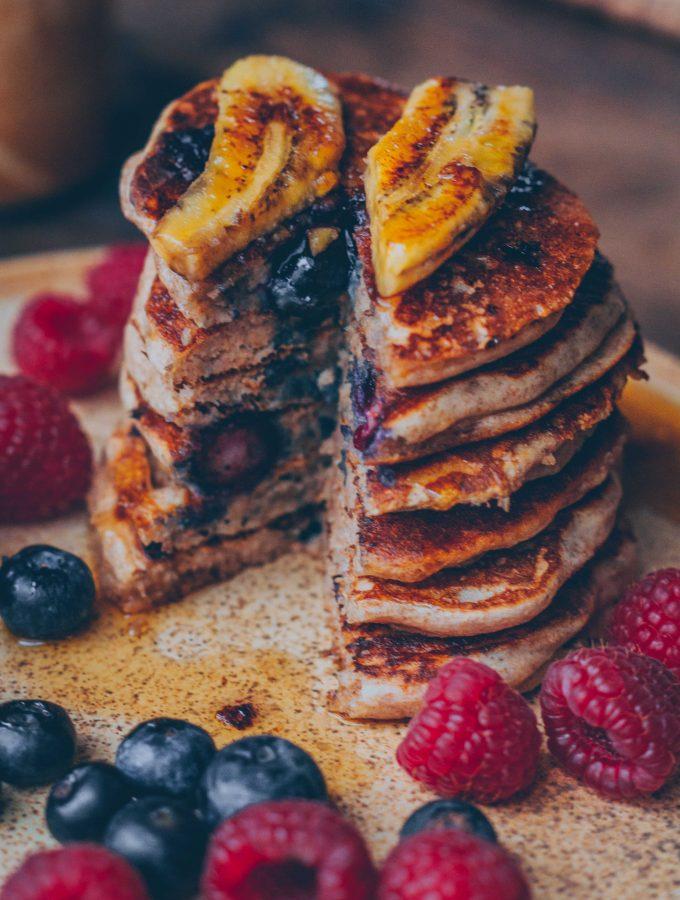 Dinkel-Blaubeer-Pfannkuchen