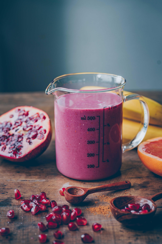 pomegranate raspberry smoothie