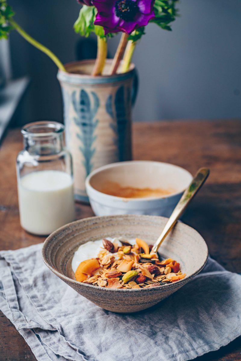 Pistachio coconut Granola