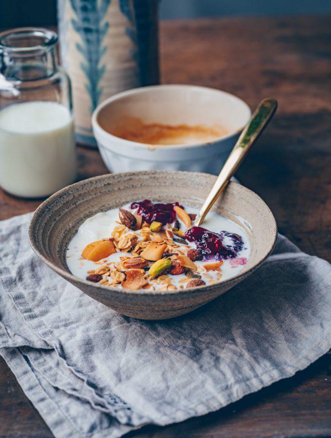 Pistachio & Coconut Granola