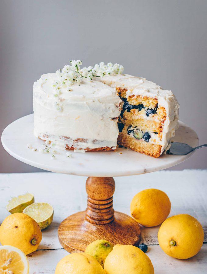 Zitronen-Blaubeer-Torte mit Weißer Schokoladen-Creme