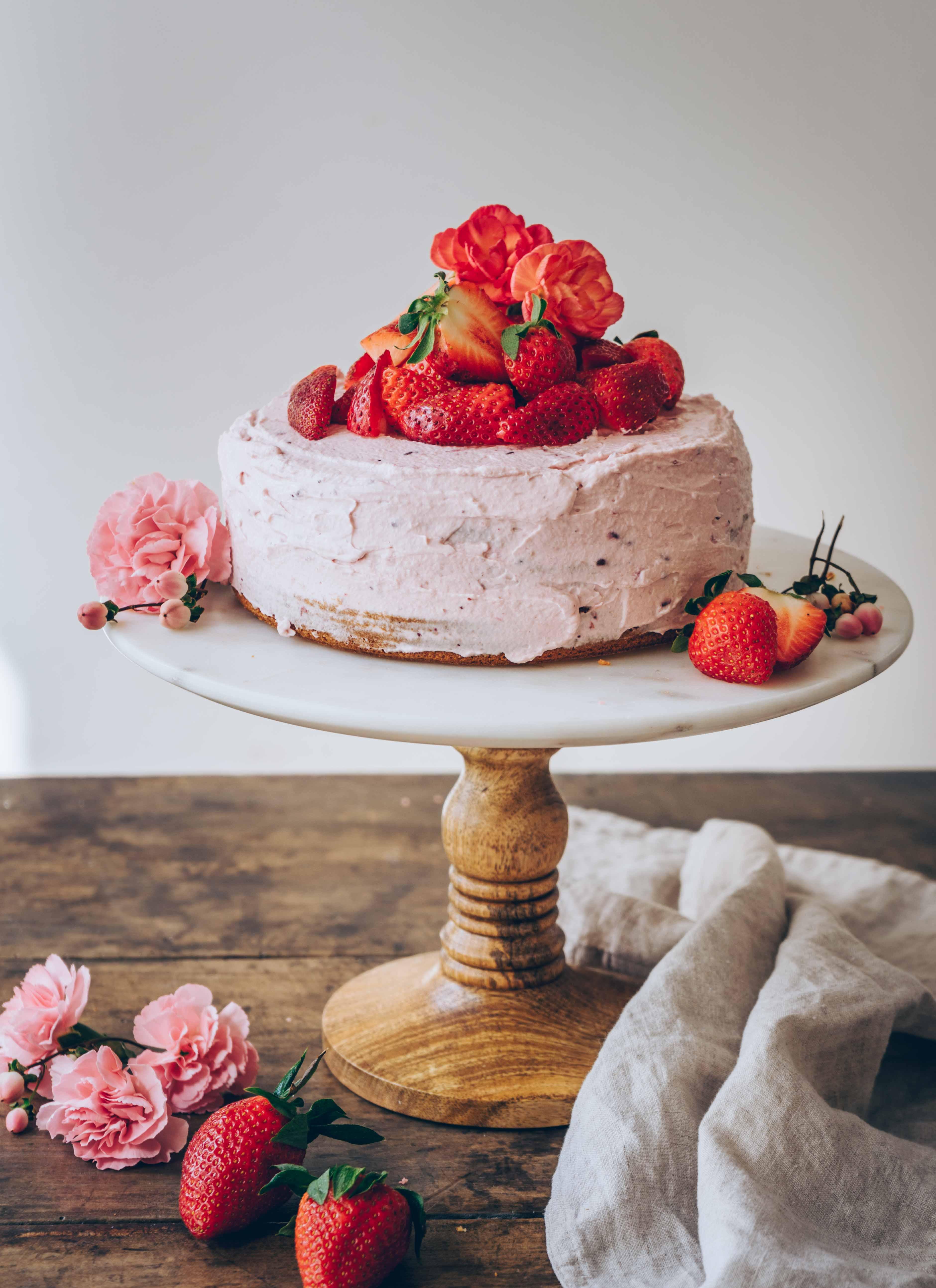 rosa Erdbeertorte