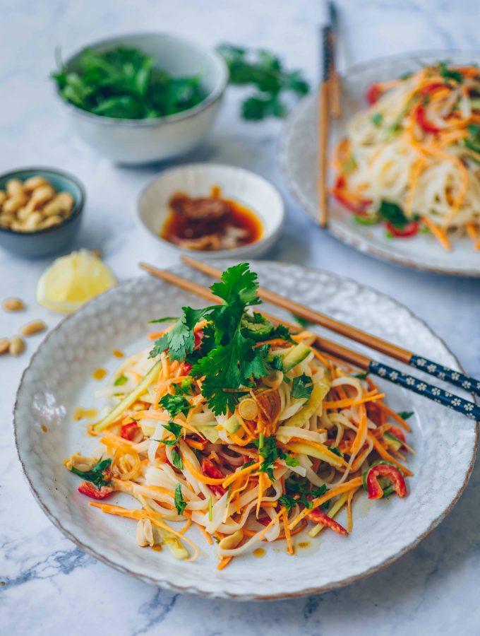 Rice noodle salad with peanut butter sauce | vegan