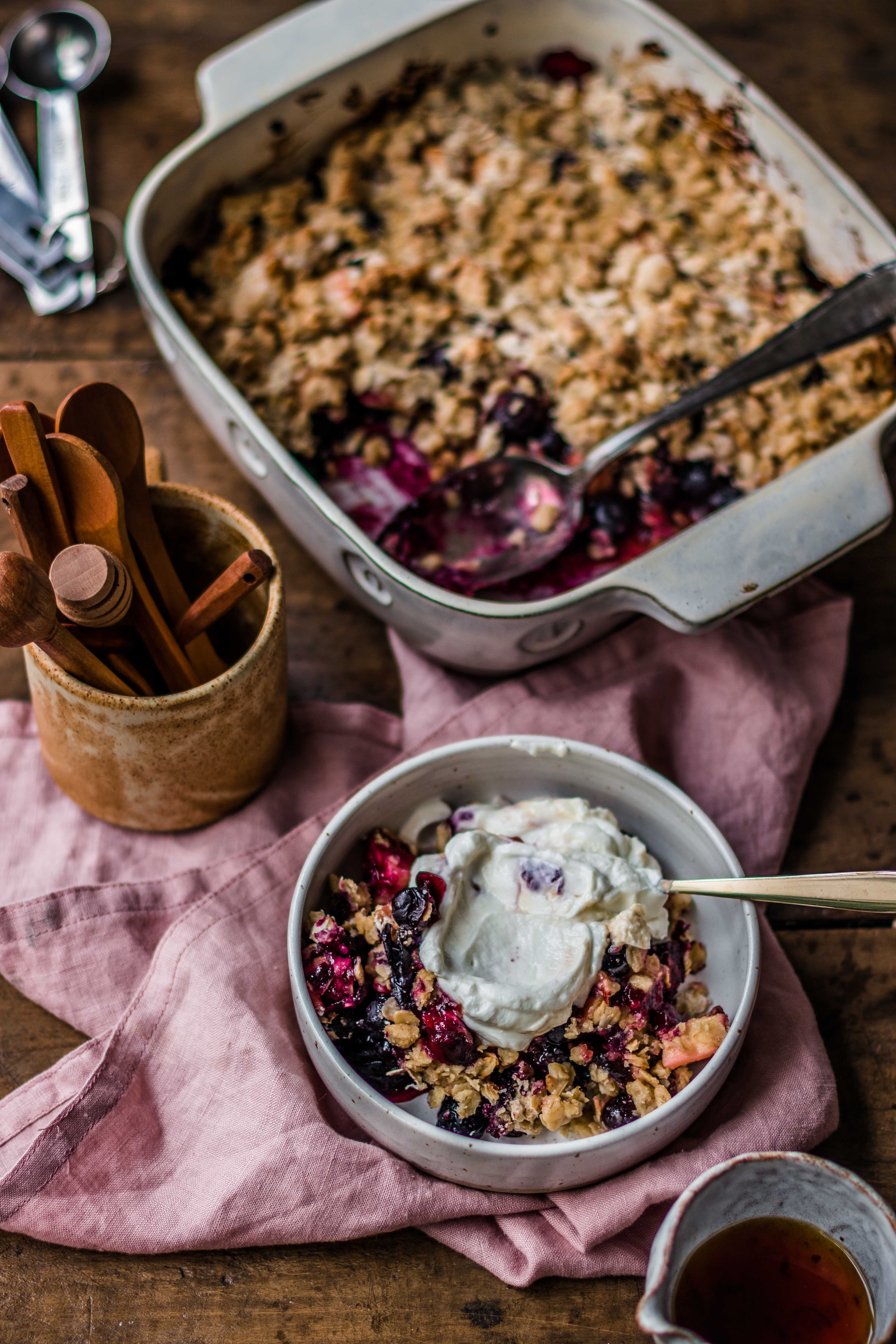 Apple & blueberry crumble