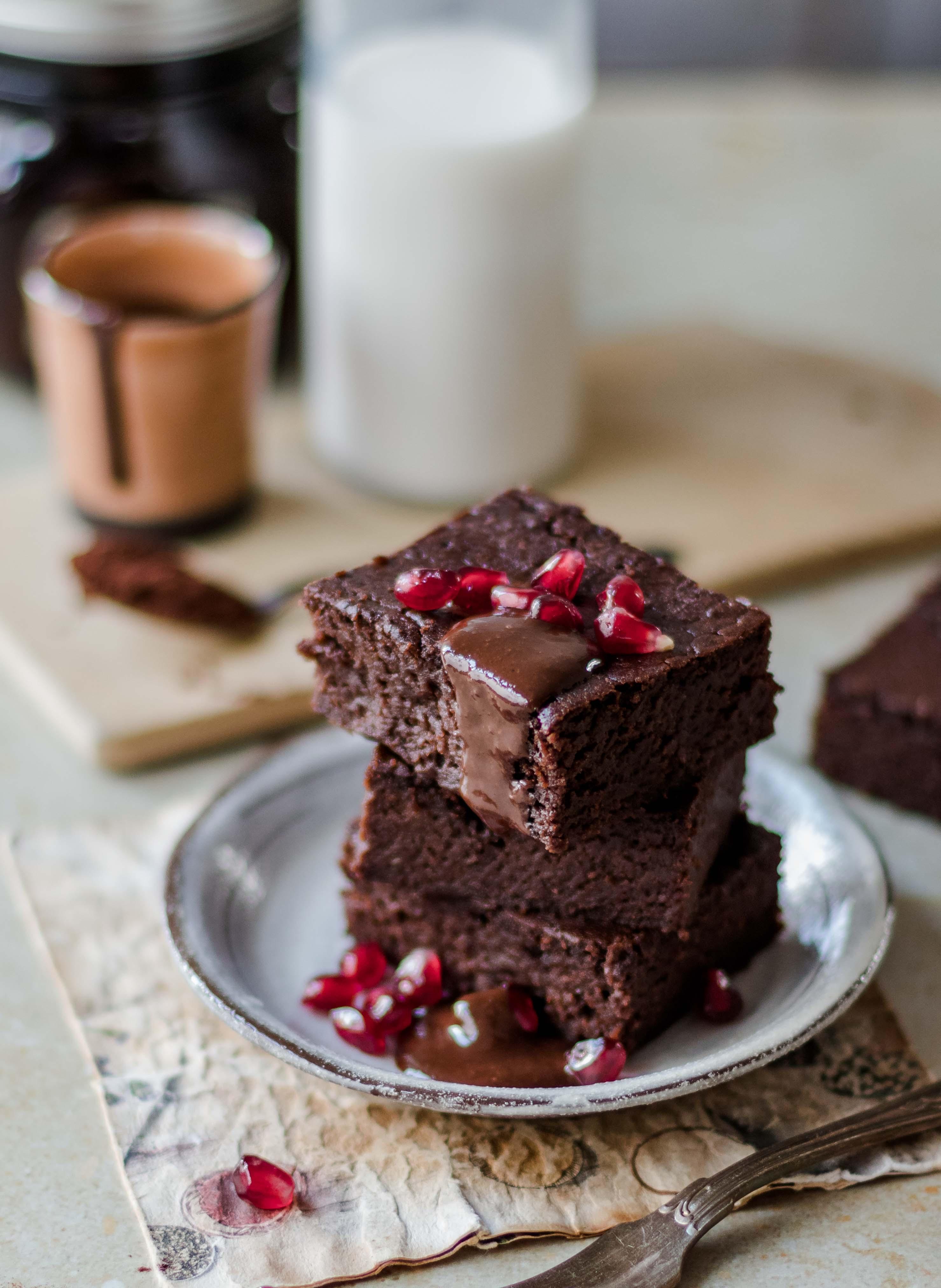Dunkle Schokoladen Brownies