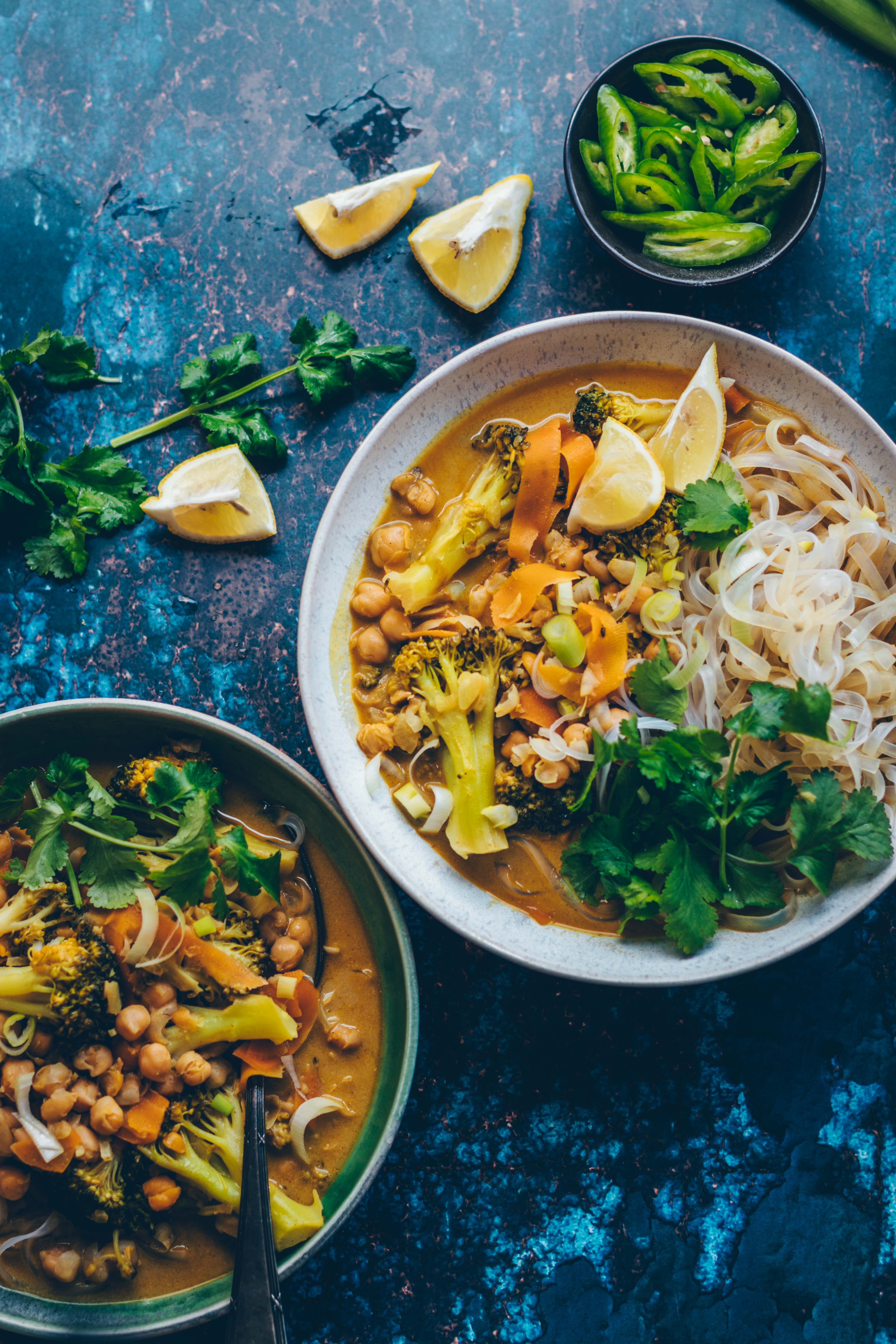 Chickpea broccoli curry